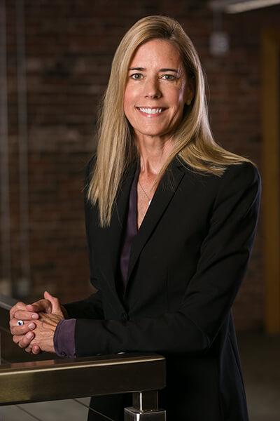 LISA HESSLER, CFA